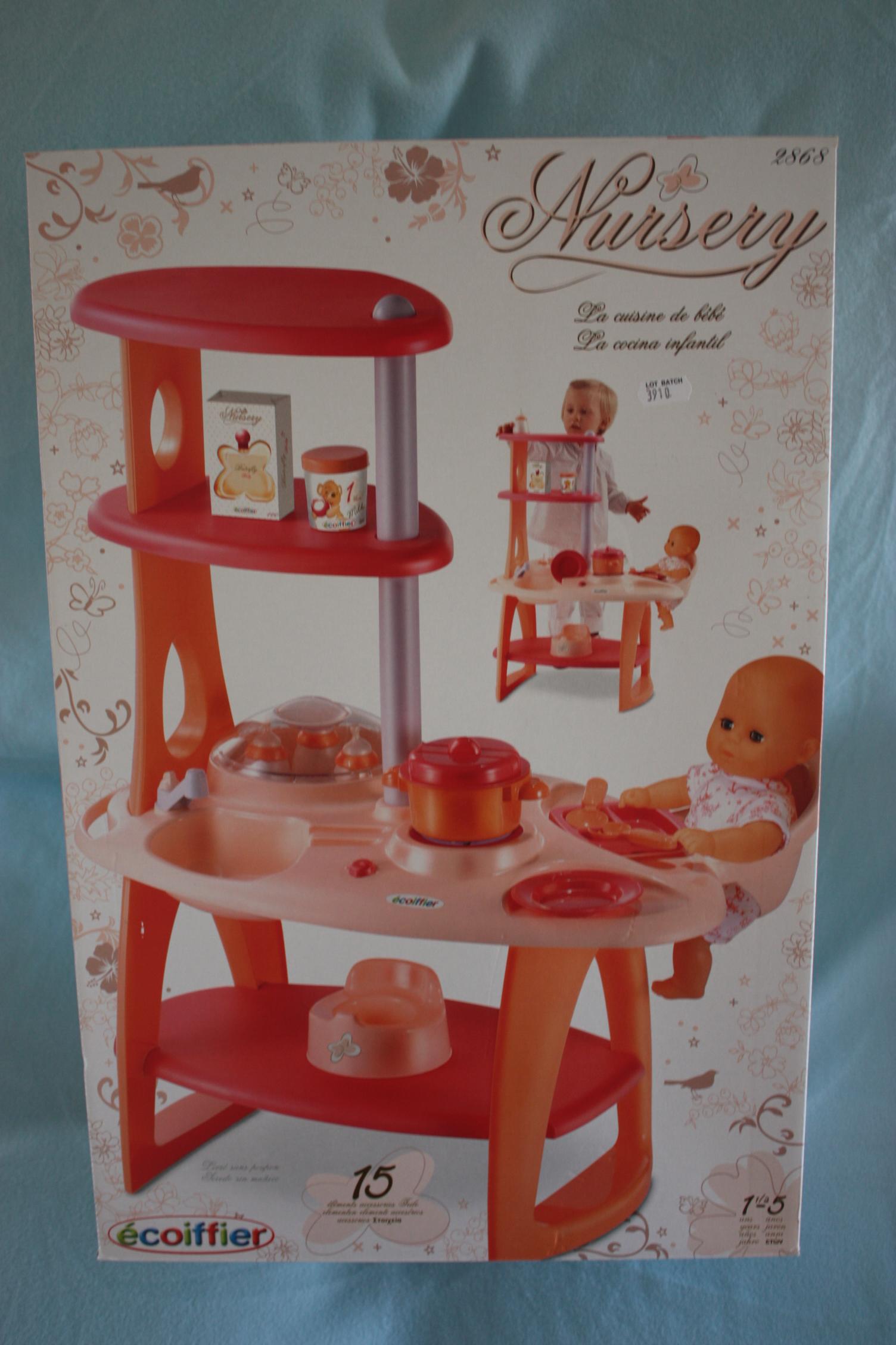 la cuisine de b b ecoiffier ecoiffier 0200106 le petit gris jouets d 39 occasion achat et. Black Bedroom Furniture Sets. Home Design Ideas