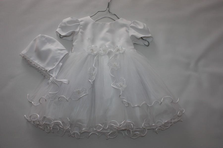 robe et bonnet de bapt me et c r monie pour b b tom kids. Black Bedroom Furniture Sets. Home Design Ideas